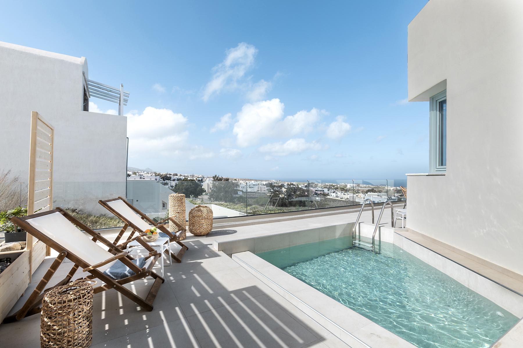 Deluxe Villa Cover Photo